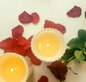 SINGLE ROSE WITH ECOYA CANDLE -$65