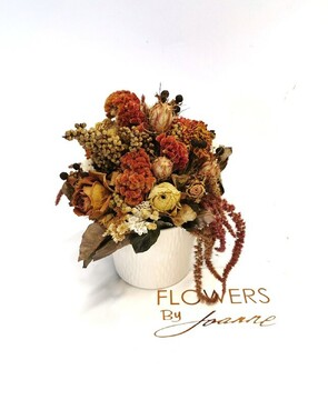 Dried Flowers Arrangement